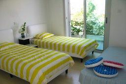 Спальня 2. Кипр, Коннос Бэй : Двухэтажная современная вилла в районе Cape Gkreco с 3-мя спальнями, с частным бассейном и террасой