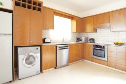 Кухня. Кипр, Каво Марис Протарас : Прекрасная двухэтажная вилла с 3-мя спальнями, с открытым бассейном и настольным теннисом и уютным патио