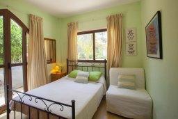 Спальня. Кипр, Санрайз Протарас : Потрясающая двухэтажная вилла с 3-мя спальнями, с частным бассейном, зеленым садом, общим теннисным кортом