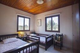 Спальня 3. Кипр, Коннос Бэй : Прекрасная вилла с 3-мя спальнями, с частным открытым бассейном, большой территорией с зеленым садом, барбекю и традиционной глиняной печью