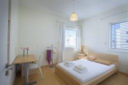 Спальня 2. Кипр, Фиг Три Бэй Протарас : Новая элегантная вилла с 3-мя спальнями, с частным открытым бассейном, расположена на побережье Протараса