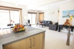Кухня. Кипр, Писсури : Превосходная вилла с 3-мя спальнями для 6-ти человек с большим бассейном и зеленой территорией
