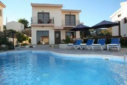 Бассейн. Кипр, Писсури : Очаровательная вилла с 3-мя спальнями для 6-ти человек с бассейном, окруженная ухоженным зеленым садом