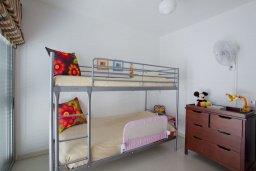 Спальня 3. Кипр, Пернера Тринити : Красивый апартамент с 3-мя спальнями на берегу моря, с барбекю и частным патио, отлично подходит для семейного отдыха