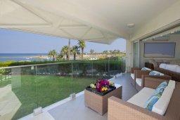 Вид. Кипр, Пернера Тринити : Красивый апартамент с 3-мя спальнями на берегу моря, с барбекю и частным патио, отлично подходит для семейного отдыха