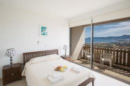 Спальня 2. Кипр, Лачи : Прекрасная вилла с 3-мя спальнями, с панорамным видом на Средиземное море, с открытым плавательным бассейном, патио и барбекю