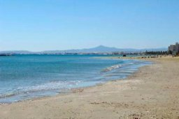 Пляж Dhekelia beach в Пиле / Декелия роуд
