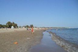 Пляж Rikkos Beach (Yeroskipou) в Пафосе