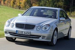 Mercedes E220 2.2 автомат : Кипр