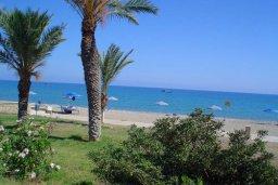 Ближайший пляж. Кипр, Полис город : Вилла с 2-мя спальнями, с бассейном, приватным двориком с барбекю, расположена в Лачи