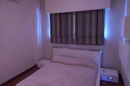 Спальня 3. Кипр, Мутаяка Лимассол : Апартамент с большой гостиной и тремя отдельными спальнями, для 5 человек