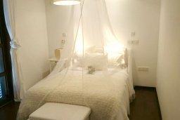 Спальня 3. Кипр, Св. Рафаэль Лимассол : Двухуровневый апартамент в 50 метрах от пляжа, в комплексе с большим бассейном, с просторной гостиной, тремя отдельными спальнями и четырьмя ванными комнатами