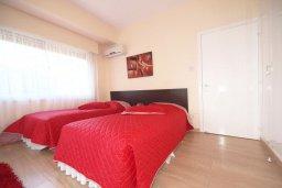 Спальня 3. Кипр, Гермасойя Лимассол : Апартамент в 25 метрах от моря, с большой гостиной и тремя отдельными спальнями, для 6 человек