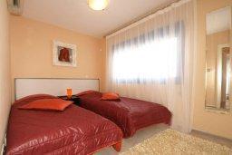 Спальня 3. Кипр, Гермасойя Лимассол : Апартамент в комплексе с бассейном, с большой гостиной, тремя отдельными спальнями и двумя ванными комнатами, для 6 человек
