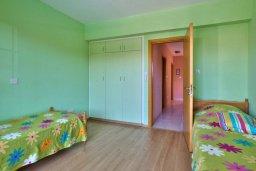 Спальня 2. Кипр, Дасуди Лимассол : Трехуровневый мезонет с большой гостиной, тремя отдельными спальнями и двумя ванными комнатами, для 6 человек