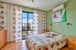 Спальня. Кипр, Дасуди Лимассол : Трехуровневый мезонет с большой гостиной, тремя отдельными спальнями и двумя ванными комнатами, для 6 человек