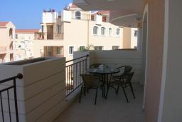 Кипр, Пафос город : Апартамент с гостиной и отдельной спальней, для 2 человек