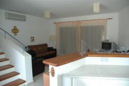 Кипр, Пафос город : Двухуровневый мезонет с гостиной, тремя спальнями и двумя ванными комнатами, для 6 человек