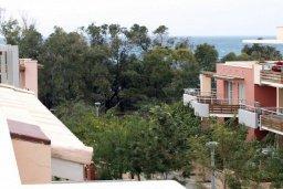 Вид. Кипр, Пареклисия : Современная вилла с бассейном и зеленым двориком с барбекю, 3 спальни, 2 ванные комнаты, парковка, Wi-Fi