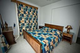 Спальня 2. Кипр, Декелия - Ороклини : Двухэтажная вилла недалеко от пляжа, 3 спальни, 2 ванные комнаты, Wi-Fi
