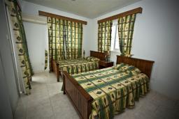 Спальня 3. Кипр, Декелия - Ороклини : Двухэтажная вилла недалеко от пляжа, 3 спальни, 2 ванные комнаты, Wi-Fi
