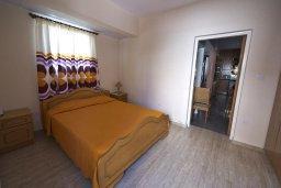 Спальня 3. Кипр, Декелия - Ороклини : Двухэтажная вилла недалеко от пляжа, с зеленым двориком и большим балконом, 4 спальни, 2 ванные комнаты, Wi-Fi