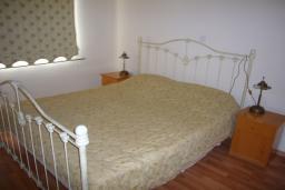 Кипр, Мутаяка Лимассол : Апартамент 2 спальни, 2 этаж вид на бассейн