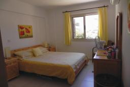 Кипр, Пафос город : Апартамент с гостиной, двумя спальнями и двумя ванными комнатами, для 4 человек