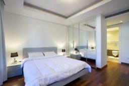 Кипр, Айос Тихонас Лимассол : Апартамент в 100 метрах от пляжа, с гостиной, двумя отдельными спальнями и двумя ванными комнатами, для 4 человек