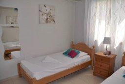 Спальня 2. Кипр, Пернера : Апартамент в 100 метрах от пляжа, с большой гостиной, двумя отдельными спальнями и балконом с видом на море