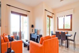 Кипр, Афродита Хиллз : Потрясающая вилла с 3-мя спальнями, с бассейном и тенистой террасой с патио расположена в Пафосе