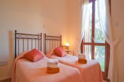 Кипр, Афродита Хиллз : Таунхаус с видом на море, с 3-мя спальнями, с зелёным двориком, в комплексе с общим бассейном, расположен в Афродита Хиллз