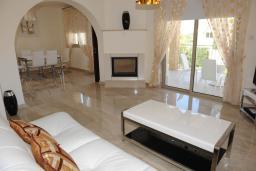 Кипр, Аргака : Уютная вилла с 3-мя спальнями, с бассейном, сауной и барбекю, расположена в Полисе