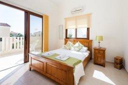 Спальня. Кипр, Сиренс Бич - Айя Текла : Роскошная вилла с 2-мя спальнями, с бассейном и джакузи, с патио и барбекю