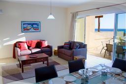 Кипр, Писсури : Великолепная вилла с видом на море, с 3-мя спальнями, с бассейном, с зелёным двориком и барбекю