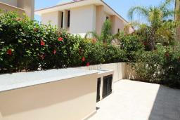 Терраса. Кипр, Декелия - Ороклини : Уютная вилла с 2-мя спальнями расположена в Ларнаке