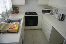 Кухня. Кипр, Мутаяка Лимассол : Мезонет с гостиной и двумя отдельными спальнями