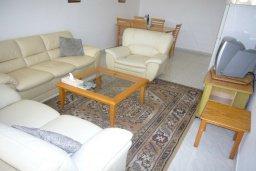 Гостиная. Кипр, Мутаяка Лимассол : Мезонет с гостиной и двумя отдельными спальнями