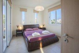 Спальня 2. Кипр, Пернера : Новая просторная вилла с 3-мя спальнями, с бассейном и местом для барбекю