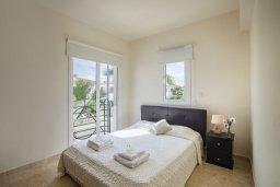 Спальня 2. Кипр, Каппарис : Вилла у моря 3 спальни, с большим бассейном и приватной территорией, барбекю и садовой мебелью