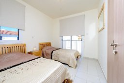 Спальня 3. Кипр, Пернера : Просторная современная вилла с 3-мя спальнями, с бассейном с подогревом, солнечной террасой и барбекю