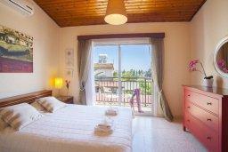 Спальня. Кипр, Перволия : Уютная вилла с 2-мя спальнями, с зеленым двориком и патио с барбекю