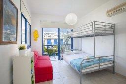 Спальня 2. Кипр, Пернера : Уютная вилла с 2-мя спальнями рядом с пляжем Sirina Bay,  с бассейном, меблированным патио с барбекю
