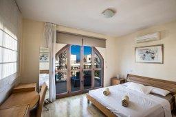Спальня. Кипр, Санрайз Протарас : Потрясающая вилла с 3-мя спальнями,  с частным бассейном, тенистой верандой и традиционным барбекю, расположена у пляжа Marlita Beach