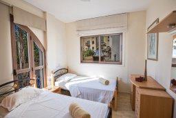 Спальня 3. Кипр, Санрайз Протарас : Потрясающая вилла с 3-мя спальнями,  с частным бассейном, тенистой верандой и традиционным барбекю, расположена у пляжа Marlita Beach