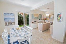 Кухня. Кипр, Пернера Тринити : Потрясающая вилла с видом на море, с 3-мя спальнями, с бассейном, солнечной террасой с патио и барбекю