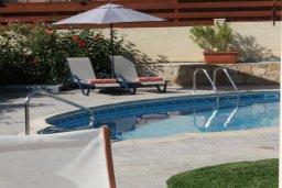 Территория. Кипр, Писсури : Вилла с бассейном, большой гостиной, 2-мя спальнями, двориком, местом для барбекю, парковкой, Wi-Fi