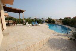 Территория. Кипр, Писсури : Вилла с бассейном, большой гостиной, 3 спальни, 3 ванные комнаты, место для барбекю, дворик, парковка, Wi-Fi