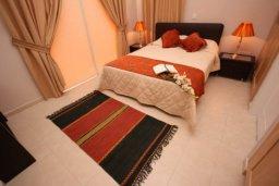 Спальня. Кипр, Писсури : Вилла с бассейном, большой гостиной, 2 спальни, 3 ванные комнаты, зеленый дворик, место для барбекю, парковка, Wi-Fi