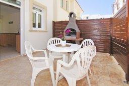 Терраса. Кипр, Фиг Три Бэй Протарас : Современная двухэтажная вилла с 2-мя спальнями, с бассейном, солнечной террасой, патио и традиционной печью